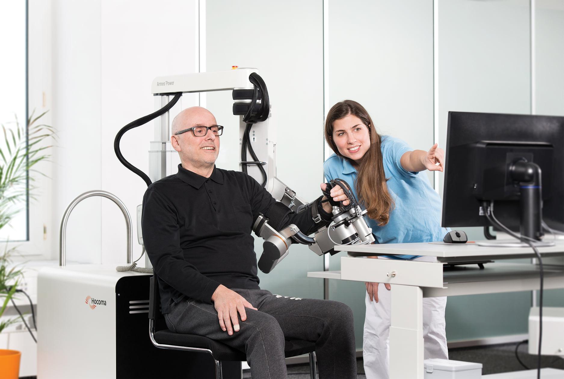 Armeo Power di Hocoma esoscheletro robotizzato - per riabilitazione del braccio - Neuroriabilitazione e Robotica