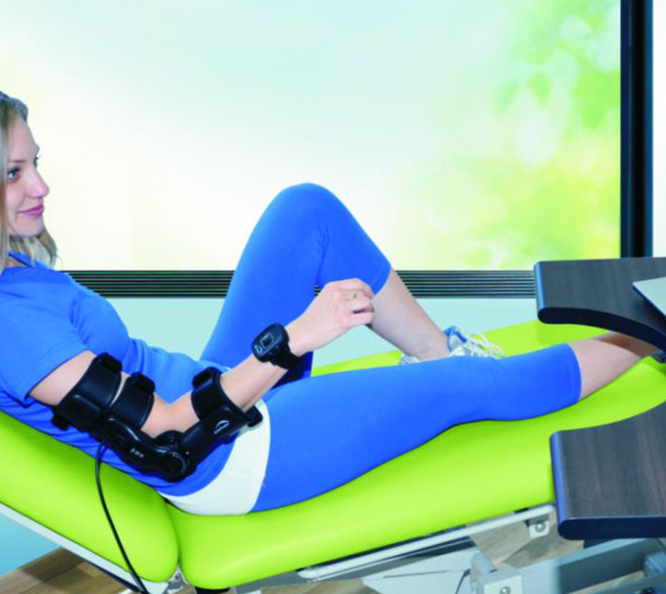 Arm Tutor TM (MediTouch) Neuroriabilitazione e Robotica, Terapia domiciliare